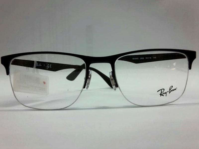 esposizione modelli occhiali