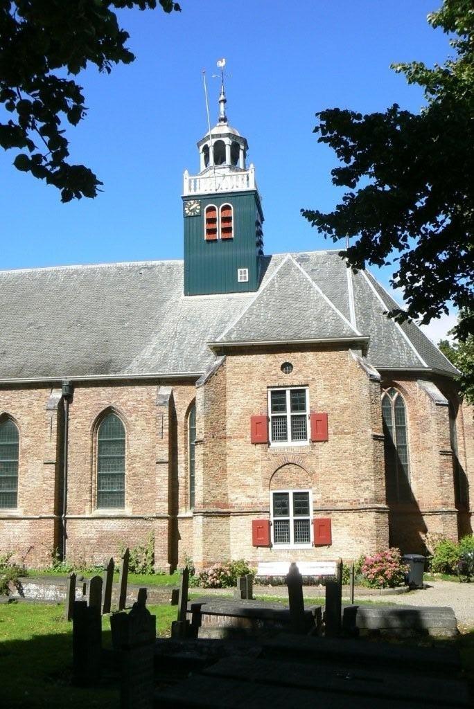 De Slotkapel ligt vlak naast Huys Egmont