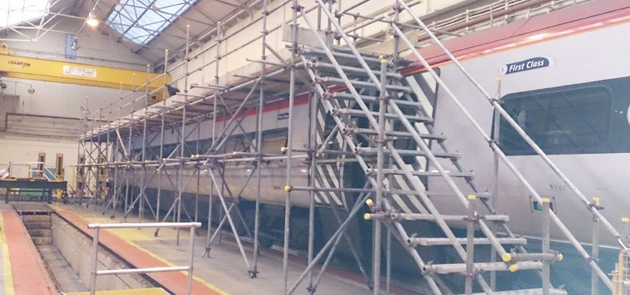 Commercial scaffolding contractors