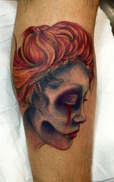 tattoo old style di scheletro di donna