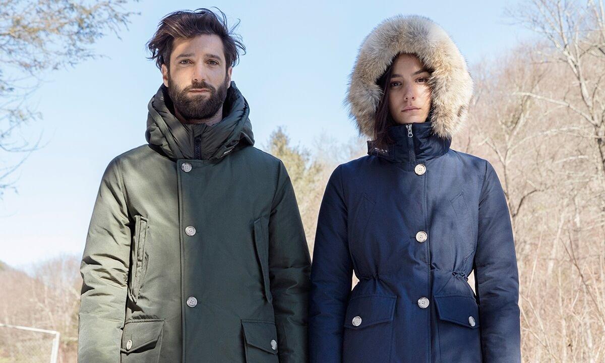 piumino invernale uomo e donna con cappuccio