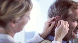 centro acustico, assistenza apparecchi acustici, controllo udito