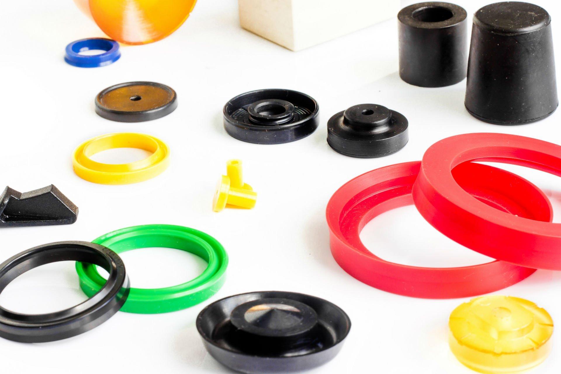 delle guarnizioni di plastica in colori diversi