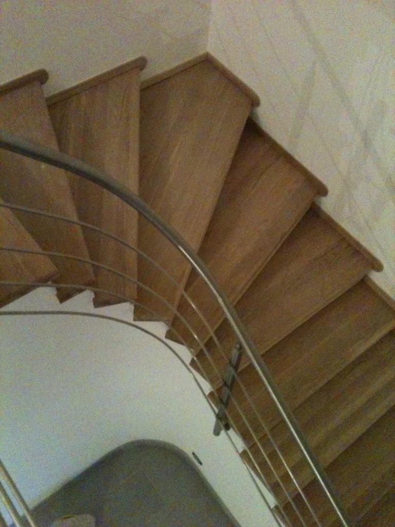 Scale in legno su progetto