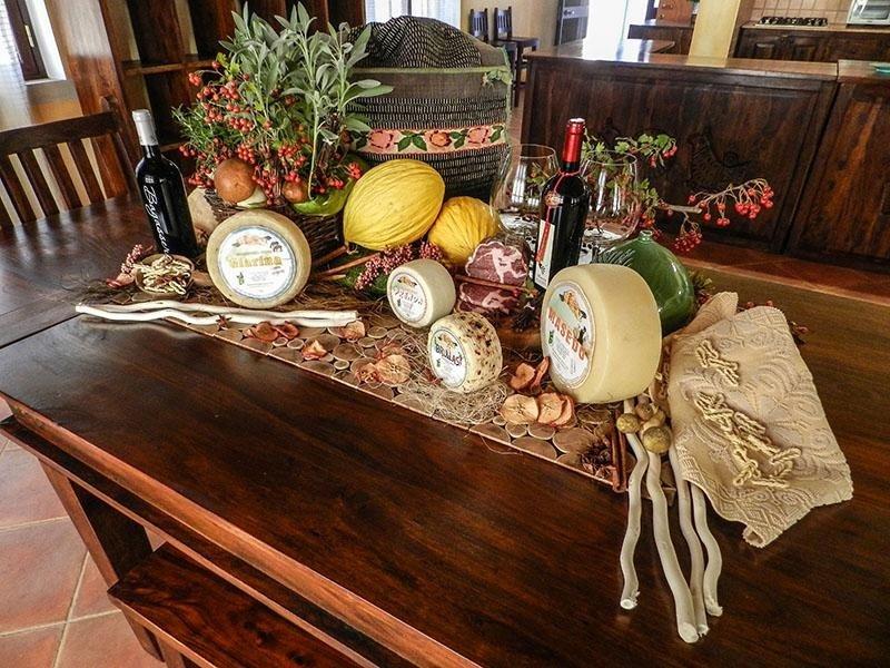 PAS: Produzione e vendita formaggi tipici della Sardegna