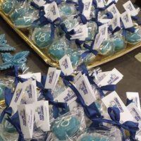 Cioccolatini azzurri in confezioni mono