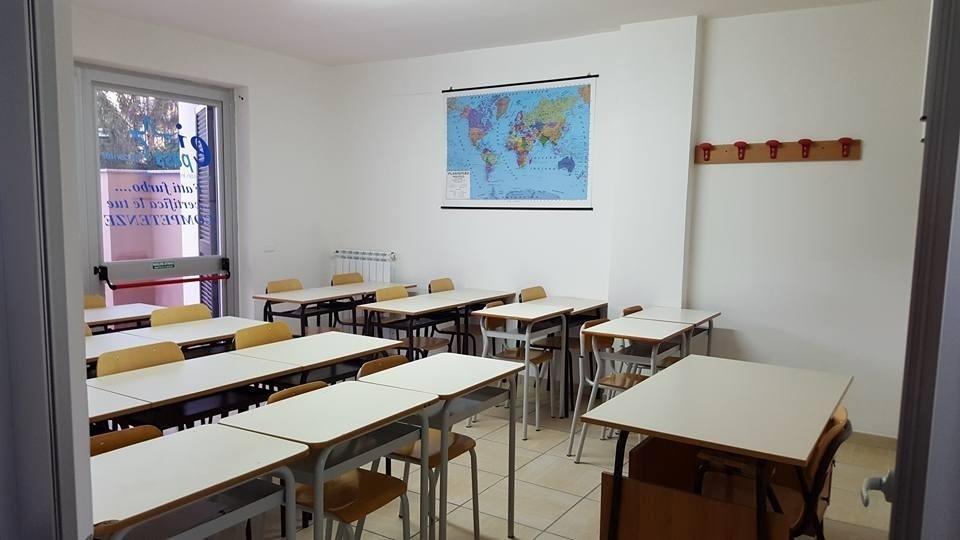 scuola di recupero boscoreale