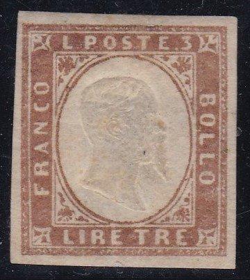 un antico francobollo da 3 Lire