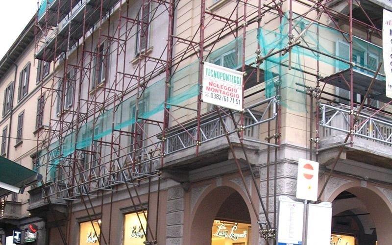 noleggiare ponteggi per edilizia