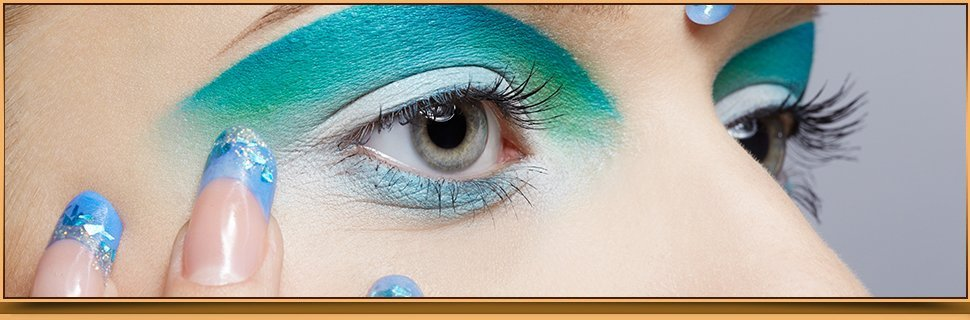 blue eye shadow eyes