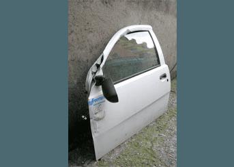 Portiera auto