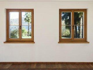 finestre effetto legno