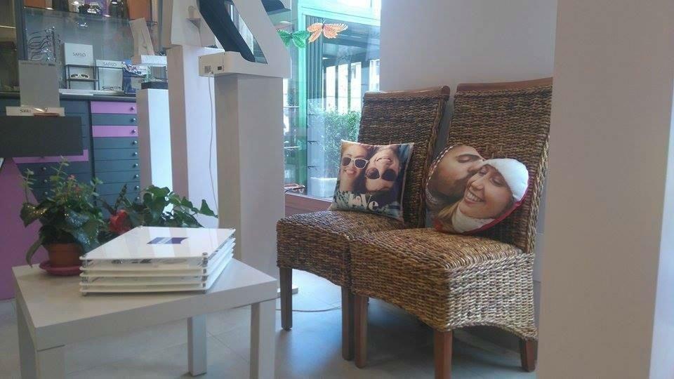 Foto di cuscini personalizzati con stampe