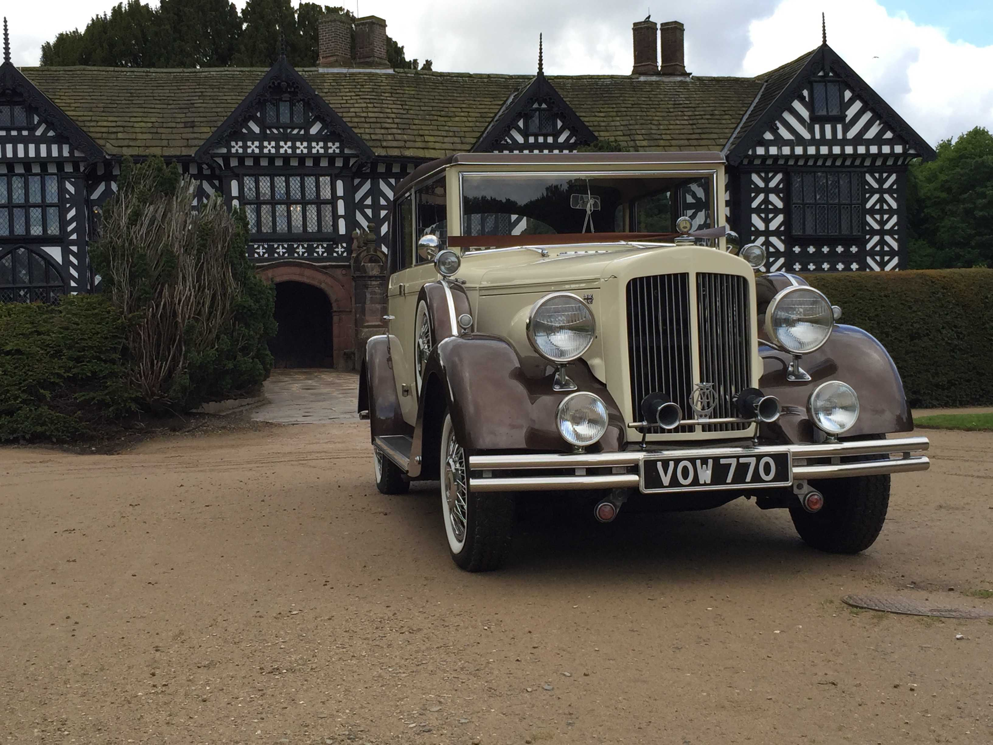 Front view of a wedding vintage car