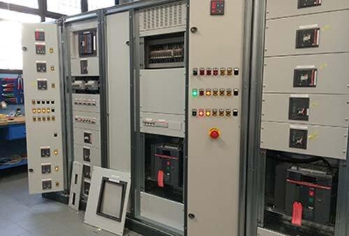 Schemi Quadri Elettrici Industriali : Quadri elettrici industriali collecchio pr fanfoni impianti