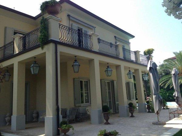 villa con colonne
