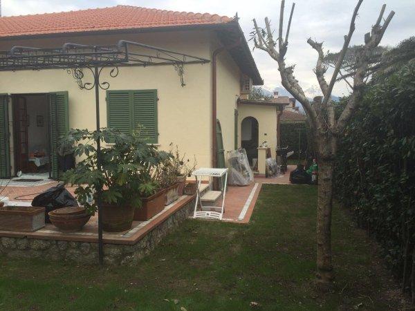 giardino di una casa privata