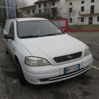Opel Astra Malo Macchine
