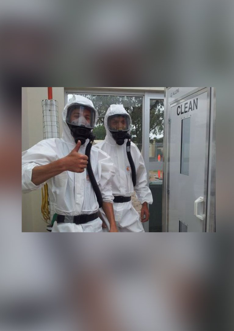 south east asbestos our professionals at work