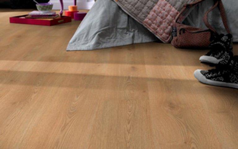 Posa pavimenti in laminato