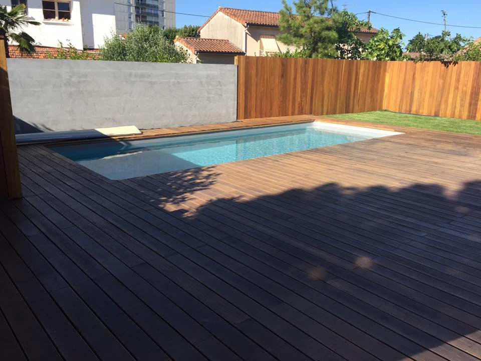 e2so concept r alisation d 39 une terrasse autour d 39 une piscine. Black Bedroom Furniture Sets. Home Design Ideas
