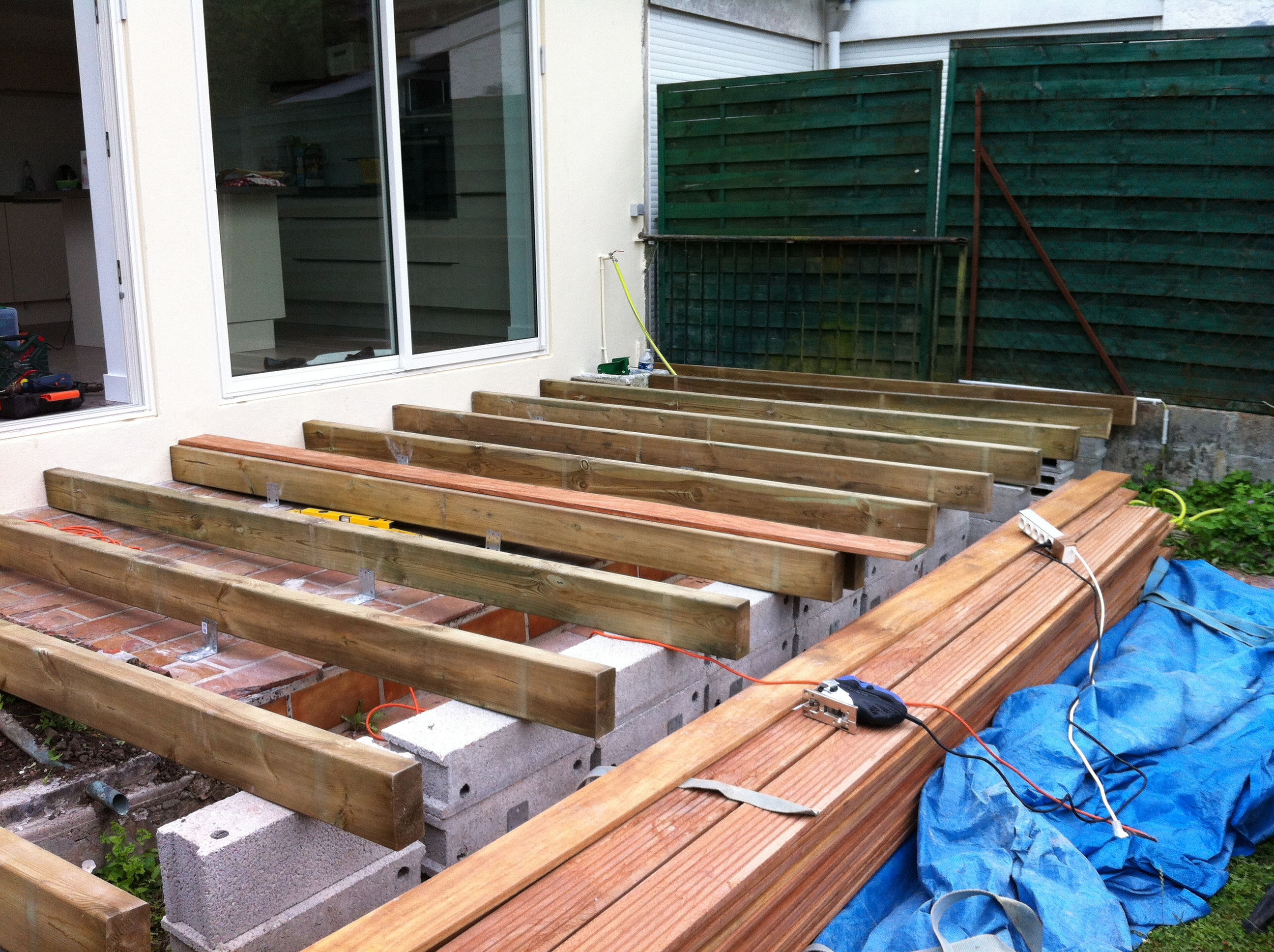 E2so concept r alisation d 39 une terrasse for Pose de terrasse en bois