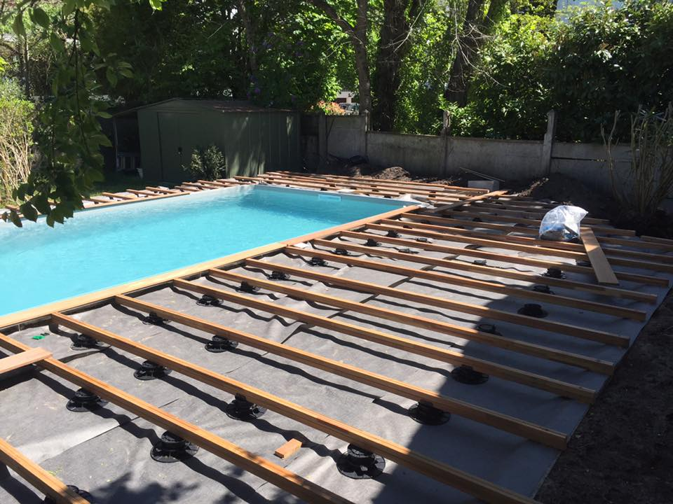 E2so concept r alisation d 39 une terrasse de piscine en for Realisation piscine