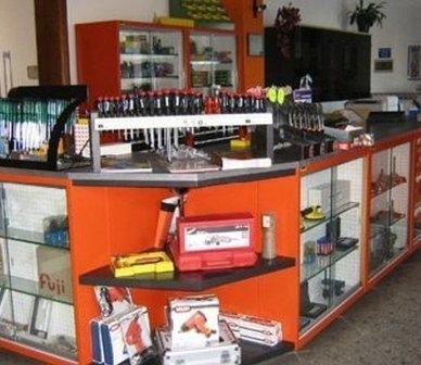 inserti, maschi per filettature, utensili per lavorazioni di precisione