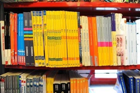 Manuali scientifici, testi scientifici, manuali di scienze