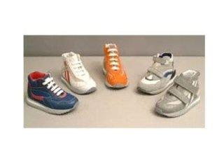 scarpe ortopediche per bambino fermo