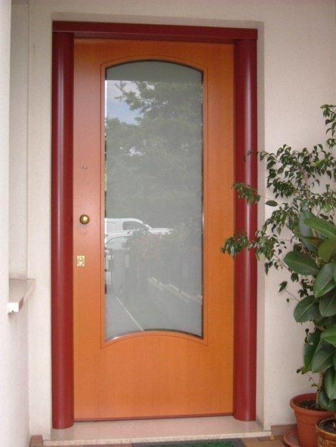 porte di ingresso con inserti in vetro