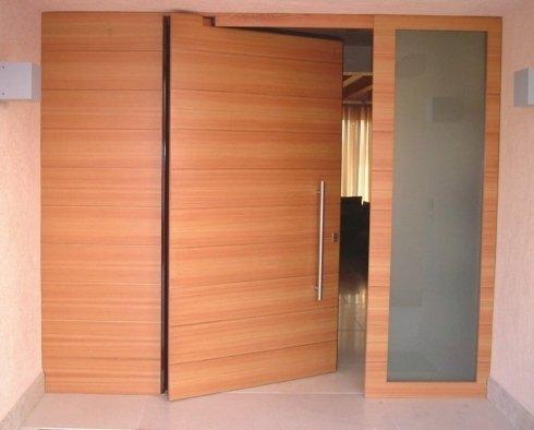 portoni moderni in legno