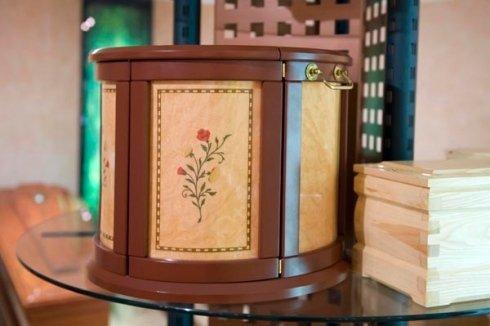 Urna cineraria in legno