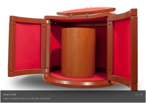 urne a cilindro, urne impiallacciate, urne rettangolari