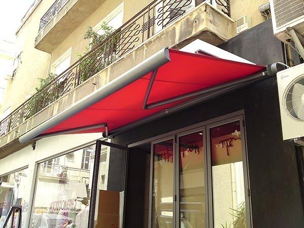 tenda cassonata con bracci rossa