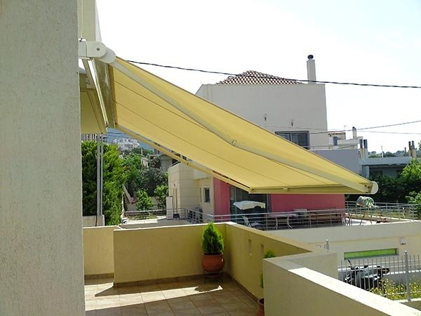 tenda solare gialla