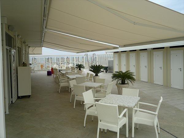 installazione tende solari in terrazza