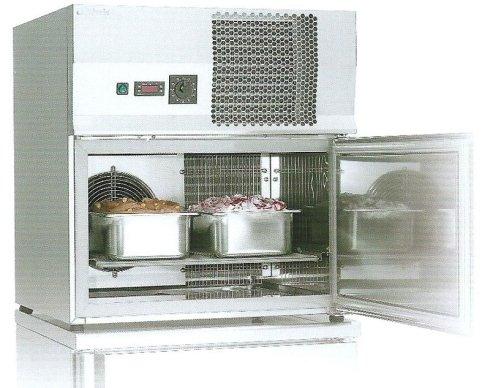Armadi per la conservazione del gelato1.