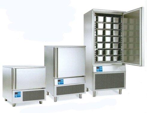 Armadi per la conservazione del gelato2.