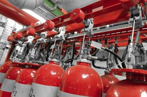 Supply of oxygen cylinders