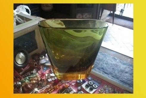 vaso verde di murano antico