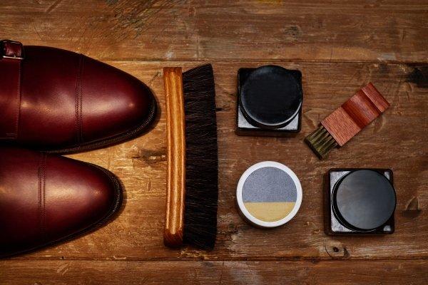 Scarpe da uomo e accessori per calzature