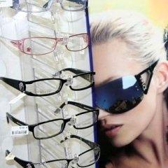 occhiali da vista rosa