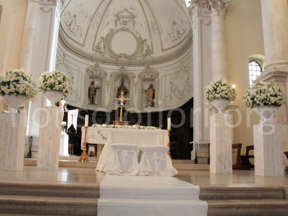 altare con tappeto