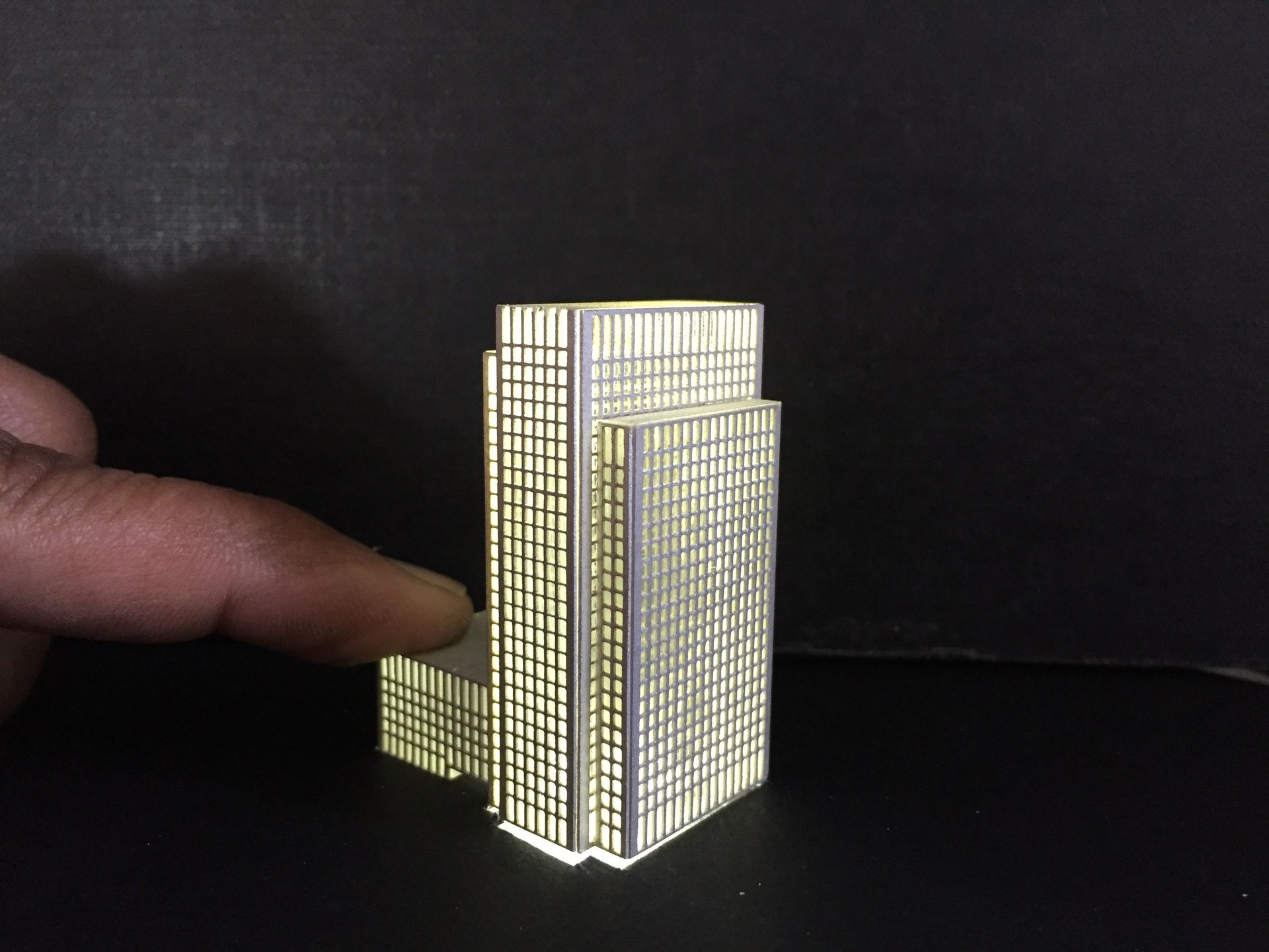 Block Model with lighting, 1:300 scale, canary wharf