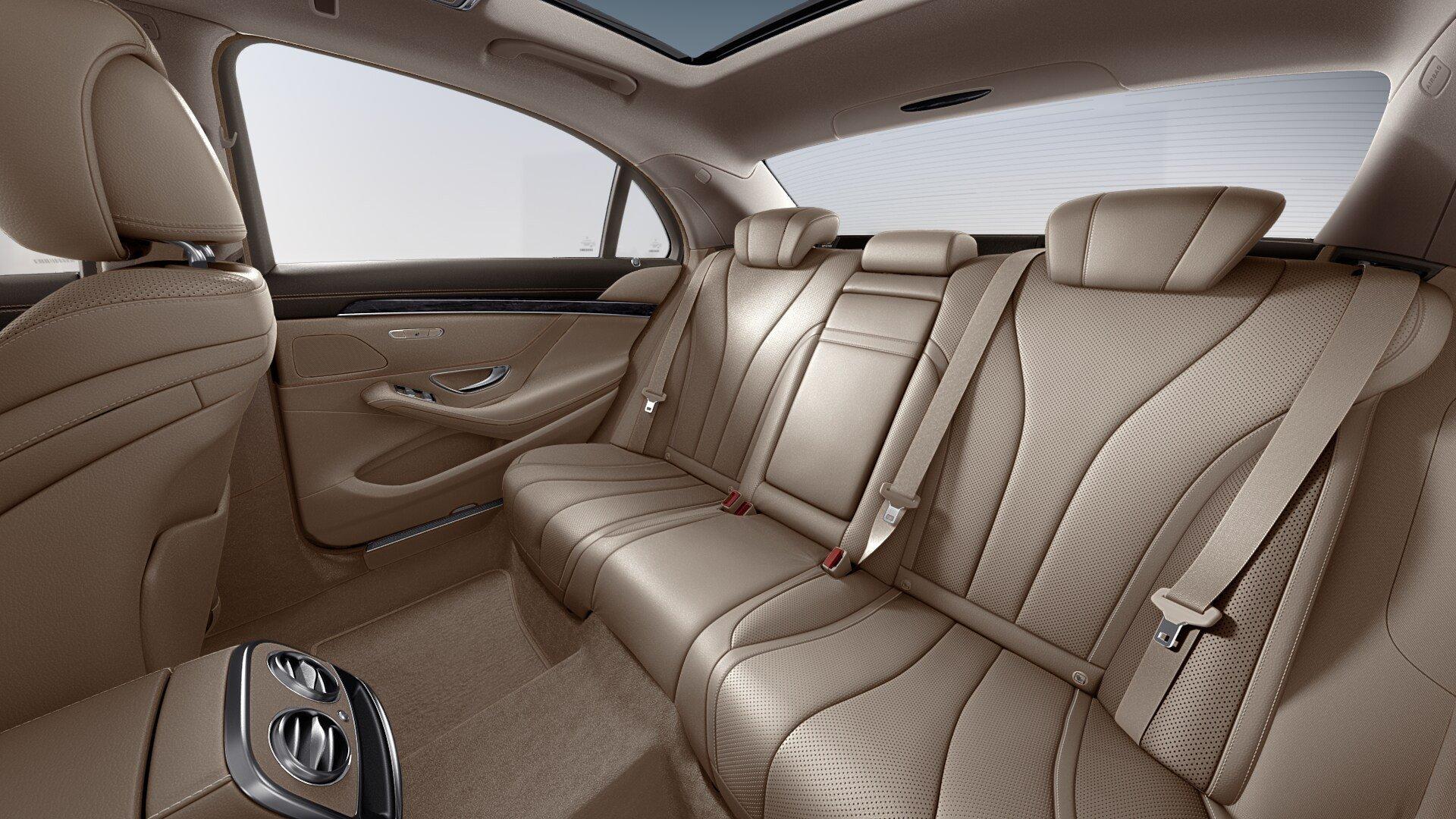 Sedili interni in pelle della Mercedes