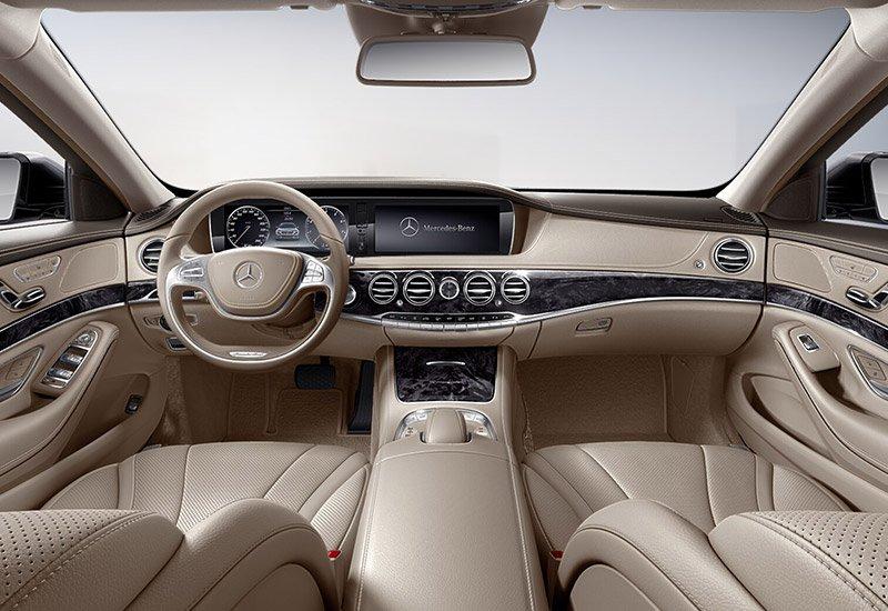 Interno della Mercedes-Benz Classe S