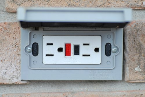 Outdoor Electrical Safety Checks