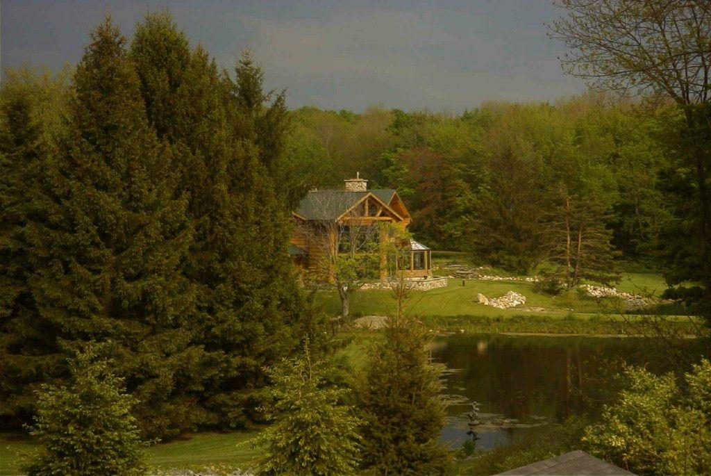 Rosebud Estate Wedding Log Lodge