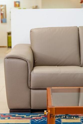 arredamento soggiorno divani